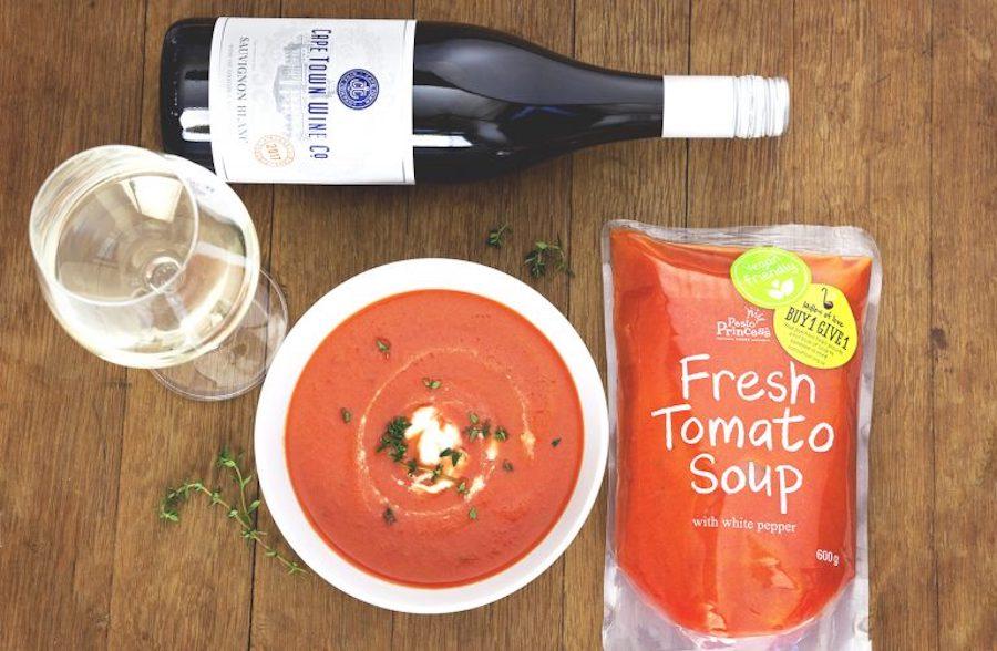 #SoupAndSauvignon – Fresh Tomato with Cashew Cream